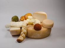Сырная корзинка из «Красного поля»: подарок с европейским вкусом