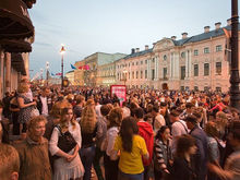 «Пусть живут на виллах, а лечатся в наших больницах». Россияне — о социальном неравенстве