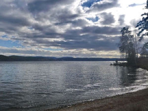 «Не соответствует требованиям». Лаборатория проверила загрязнения на озере Тургояк