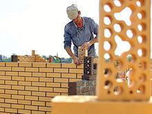 Снова хотят обанкротить строительную фирму новосибирского депутата
