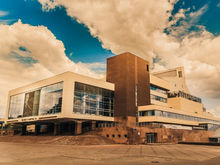 Около Красноярской краевой филармонии вводят пропускной режим