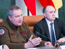 «Единственный шанс!» Рогозин призывает Дубровского закупить трамваи у проблемного завода