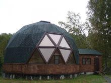 Необычный коттедж почти за 7 млн продают в Новосибирске