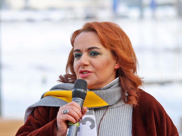 Айше Агекян