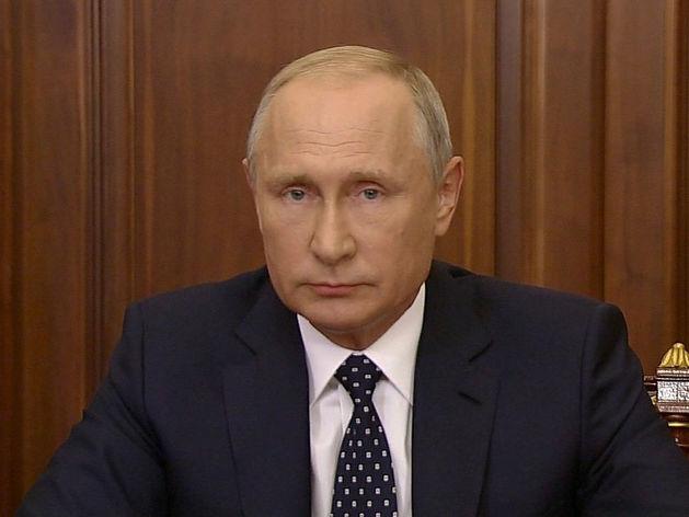 Объединение с Беларусью или «казахский путь»? Кремль думает, как сохранить Путина у власти