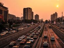 Избавиться от машин во что бы то ни стало. Как мегаполисы спасаются от пробок и смога