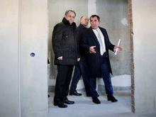 «Я собственный дом заложил»: Лакницкий предложил депутатам скинуться на стройку «Академа»