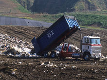 Депутаты раскритиковали работу регоператора по вывозу мусора