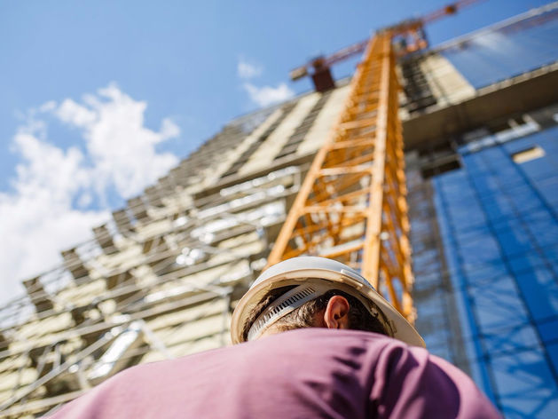 Поперек рынка. Екатеринбург шокировал страну ценами на новостройки