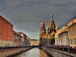 «Техники выживания в России — побег, обман и бунт. Ощущение последнего висит в воздухе»