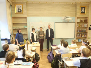 Андрей Симановский построит новое здание для школы, которую он окончил