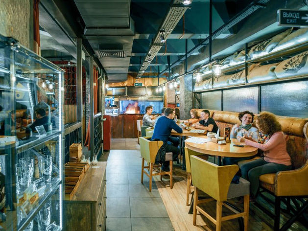 Начнут с Москвы. Уральский бар с собственной пивоварней перерастает в сеть