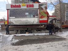 В Екатеринбурге снова усиленно борются с киосками. Пострадали фейерверки и общепит