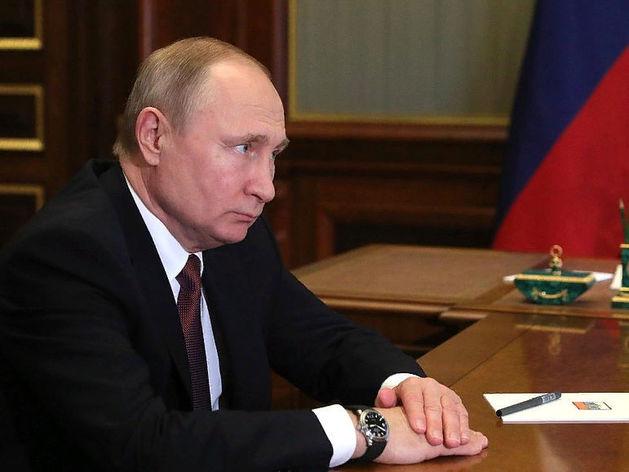 Тревожные для власти цифры: рейтинг Путина существенно просел с прошлого года