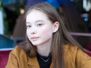 «Звучит смешно, но это — ужас»: модель Лиза Тебенева — о работе за границей