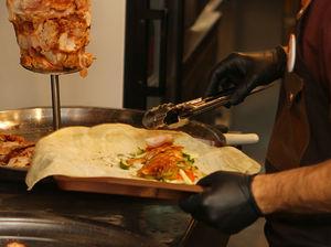 Кебабы, пита с фаршем и шаурма. Уральские рестораторы откроют турецко-индийское бистро
