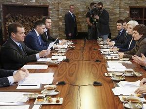 Дмитрий Медведев дал поручение мониторить воздух Красноярска