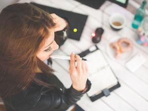 «У половины людей есть «вторая работа»: создавать о себе ложное впечатление. Это губит»