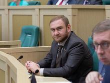Борьба кланов и отвлечение. Россияне утратили интерес к громким антикоррупционным делам