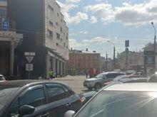 «Распускайте сотрудников по домам». В Нижнем Новгороде эвакуируют ТЦ и рынки