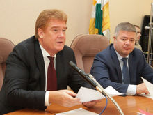 Мэр Челябинска Елистратов за год заработал почти 2,5 млн руб.