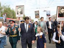 Более 35 тыс. нижегородцев приняли участие в шествии «Бессмертного полка» — ФОТО