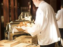 Нижегородские бизнесмены будут три дня работать официантами, собирая деньги в фонд НОНЦ