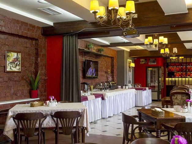 УГМК продает отель в центре Екатеринбурга. Очень дорого