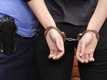 Замначальника свердловских судебных приставов задержали по подозрению во взятке