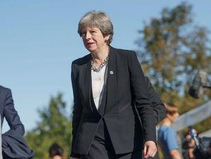 Британский премьер-министр Тереза Мэй объявила об отставке