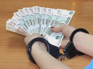 Замначальника УФССП Свердловской области обвиняют в получении взятки. Отправили в СИЗО.