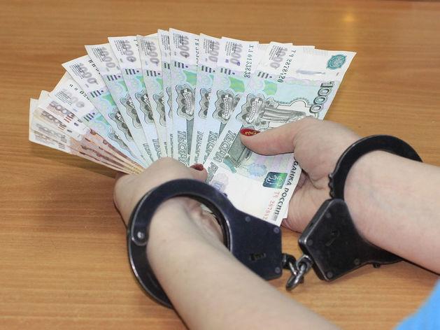 Замначальника УФССП Свердловской области обвиняют в получении взятки. Отправили в СИЗО