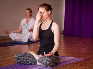 «Тянули с трудом»: в центре Челябинска закрылась йога-студия