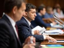 «К нам в карман лезет власть». Россияне стали лучше относиться к Украине и США