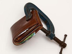 «Терпят убытки». Уральский бизнес тонет в долгах