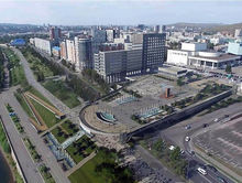 С Театральной площади в Красноярске уберут фонтан и лестницу