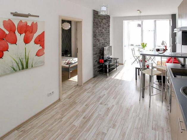 Владельцы трехкомнатных квартир в городе снимают сливки. Какое жилье дорожает больше всех?
