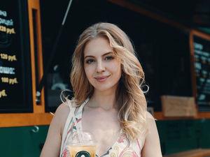 В Челябинске на выборы заявилась жена хоккеиста «Трактора», модель и стартапер