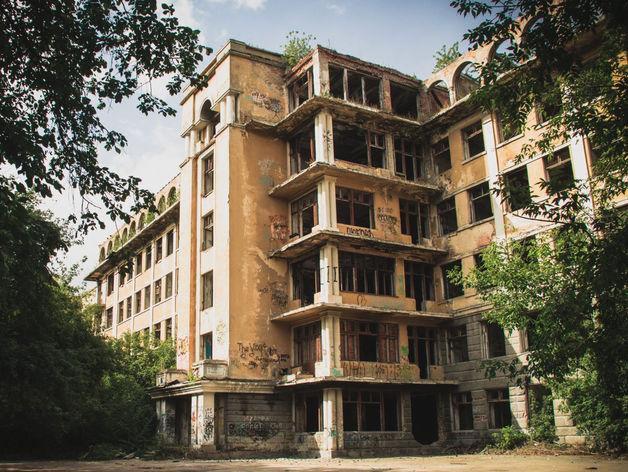 «Опасное место». В Екатеринбурге восстановят знаменитый памятник «с привидениями»