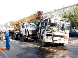В Челябинске проверят маршрутчиков и владельцев спецтехники после ДТП с краном