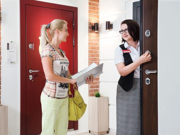 Чего боятся покупатели входных дверей: главные мифы и заблуждения