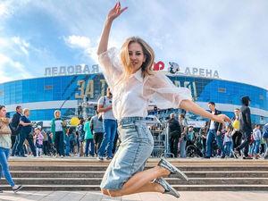 Жена хоккеиста челябинского «Трактора», модель и бизнесмен отказалась от участия в выборах