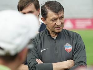 Главным тренером футбольного «Енисея» назначен Юрий Газзаев