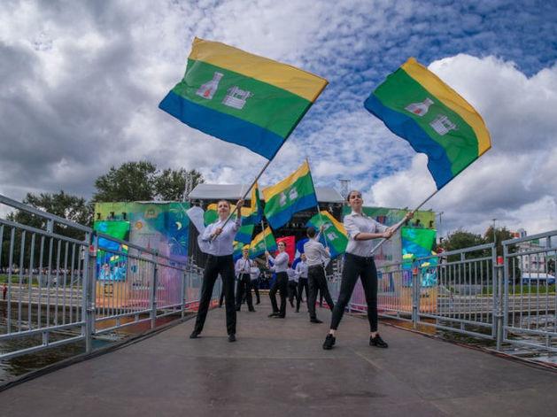Лыжные гонки и мотошоу, «Чайф» и Тима Белорусских: что и где смотреть в День города