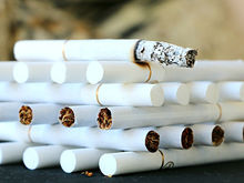 «Заморачиваться смысла нет»: как рынок табака ушел в тень и при чём тут незаконные ларьки