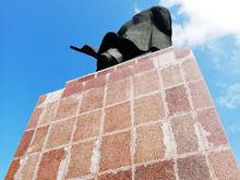 Публичка, Госпиталь, Пассаж: какие контракты взяла фирма, ремонтировавшая памятник Ленину