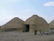 На Аркаиме сгорели два жилища каменного века. Бетехтин: «Вероятно, поджог»