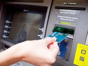 Жители Сибири стали чаще заводить и пользоваться кредитными картами