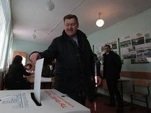 Переизбранный Анатолий Локоть пообещал сохранить прямые выборы мэра
