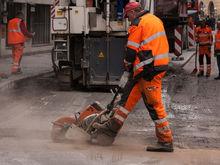 В Красноярске заказано восстановление тротуаров и газонов после сноса павильонов